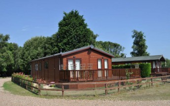 Tingdene Country Lodge Elite 3 bedroom Plot 2 £195k