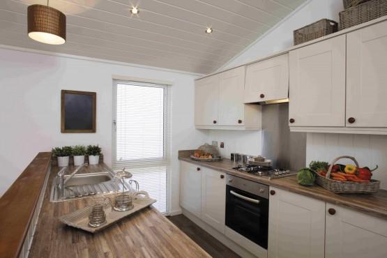 Tingdene Country Lodge Elite 3 bedroom Plot 2 £195k Image 5