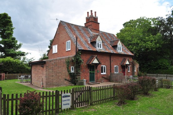 Sycamore Cottage Image 1